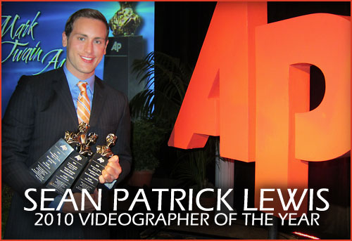 SEAN PATRICK LEWIS AT THE 2010 AP VIDEOGRAPHER OF THE YEAR. APTRA.